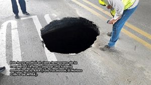 Colapsa tubería sanitaria… Cierran carretera PR-114 en Hormigueros por tremendo boquete
