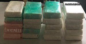 Le confiscan esta madrugada 20 kilos de cocaína a pareja en el aeropuerto de Aguadilla (Fotos)